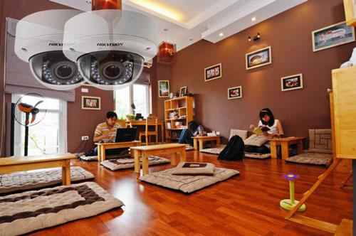lap-dat-camera-quan-sat-cho-quan-cafe