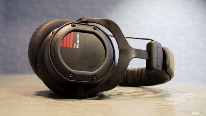 Tai nghe beyerdynamic custome one pro plus