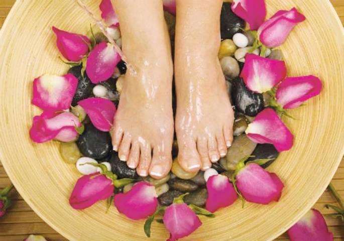 Chữa bệnh nứt gót chân bằng đông y vừa an toàn và hiệu quả