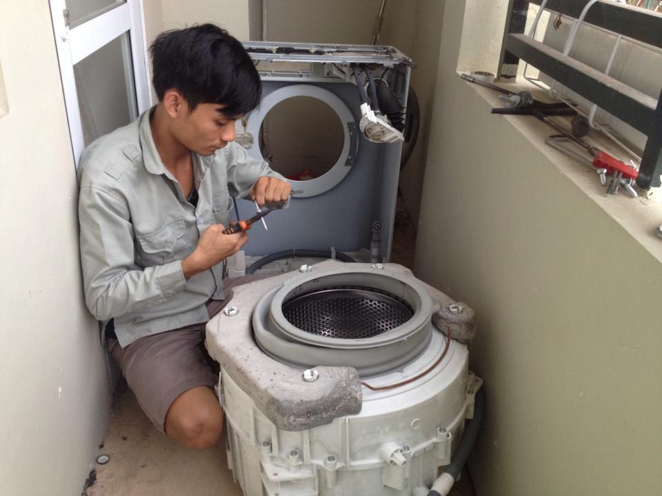 Dịch vụ sửa chữa máy giặt tại nhà Đức Hưng