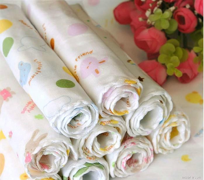Khăn xô, khăn sữa là một trong những vật dụng không thể thiếu của trẻ sơ sinh