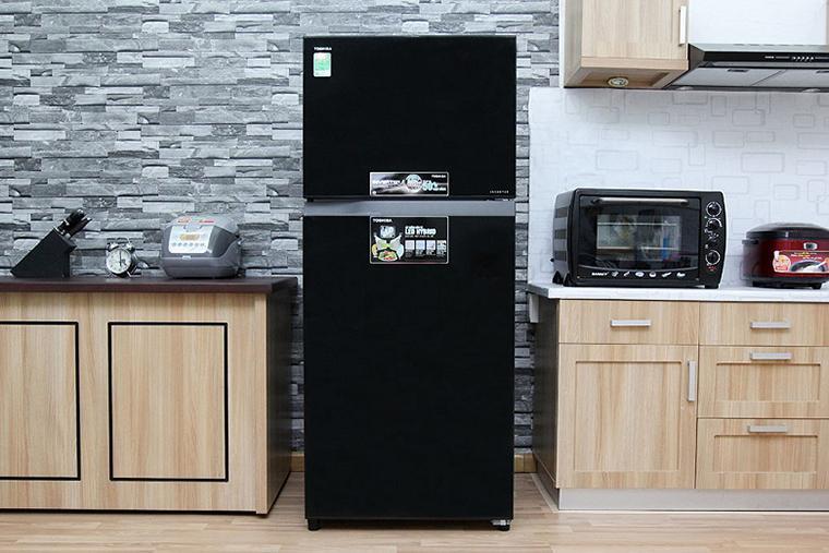 Tủ lạnh của Toshiba có thiết kế sang trọng, hiện đại