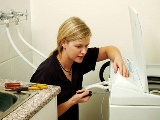 Cách xả hết nước trong máy giặt Sanyo đơn giản với 4 bước