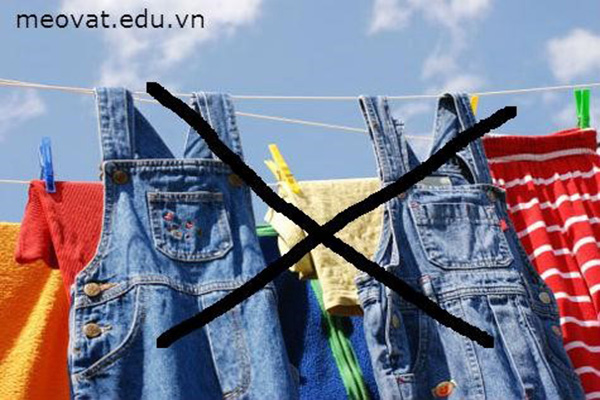 Làm thế nào để quần áo không bị phai màu khi giặt?