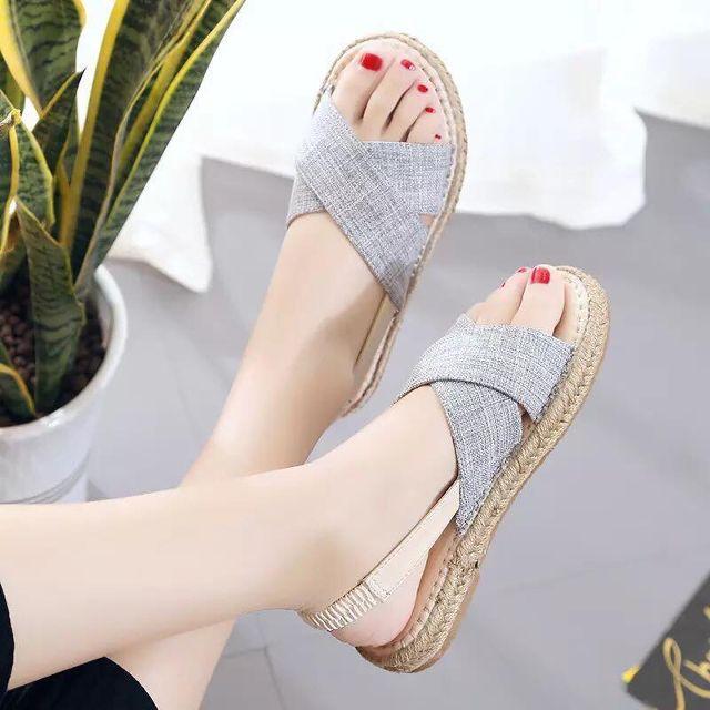 Giày sandal đế cói