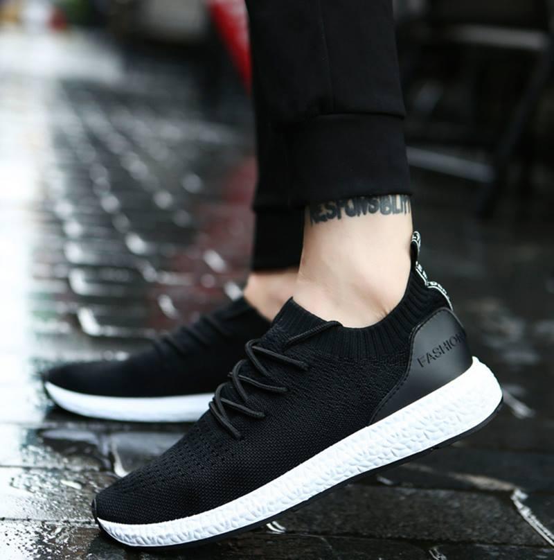 Với mỗi một môn thể thao, bạn sẽ cần một loại giày đặc biệt để phát huy được hiệu quả hoạt động của mình lên cao nhất.
